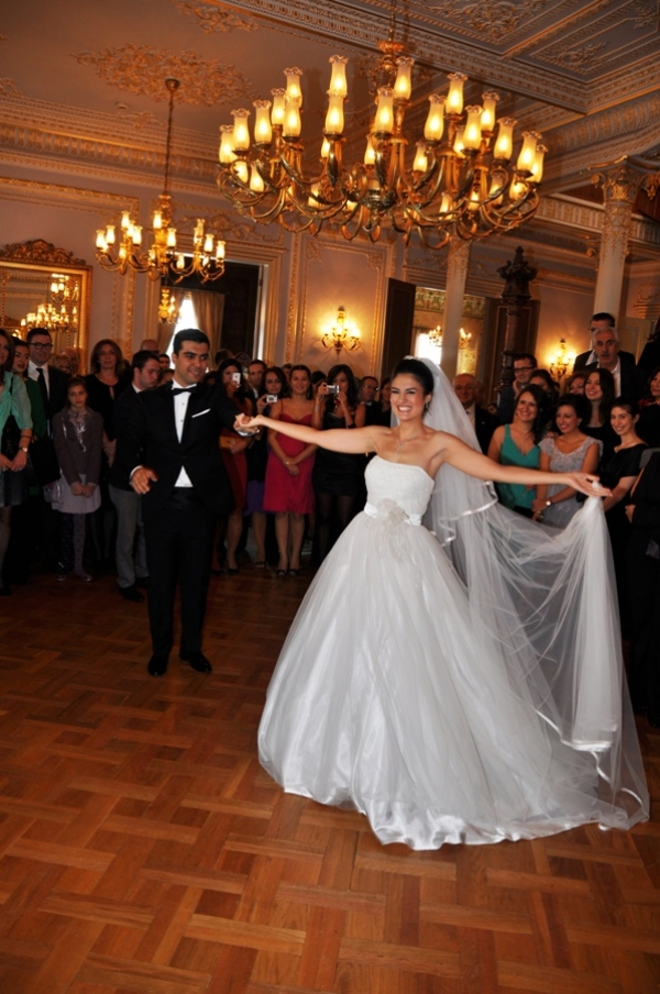 İlk Dans